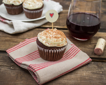 Red Wine Chocolate Cupcakes with Cream Cheese Frosting ...