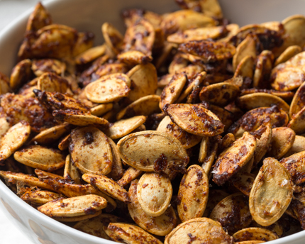 Sweet and Spicy Roasted Pumpkin Seeds | Redpath Sugar