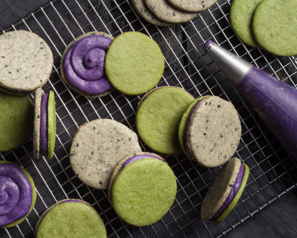 Hallowe'en Sandwich Cookies with Ube Frosting