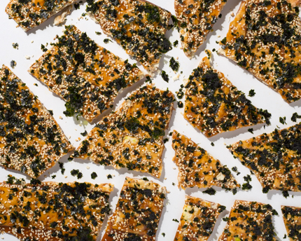 Sweet and Spicy Nori Crackers